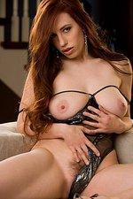 Titania Lyn 04