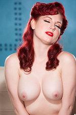 Angela Ryan 05