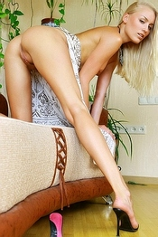 Liza Blonde Perfection