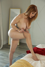 Lauren Phillips 02