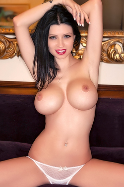 Lilly Roma - Perfect Fake Boobs